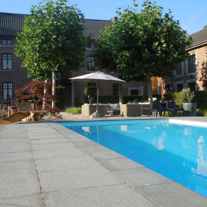 Zwembad van B&B in Belgisch Limburg