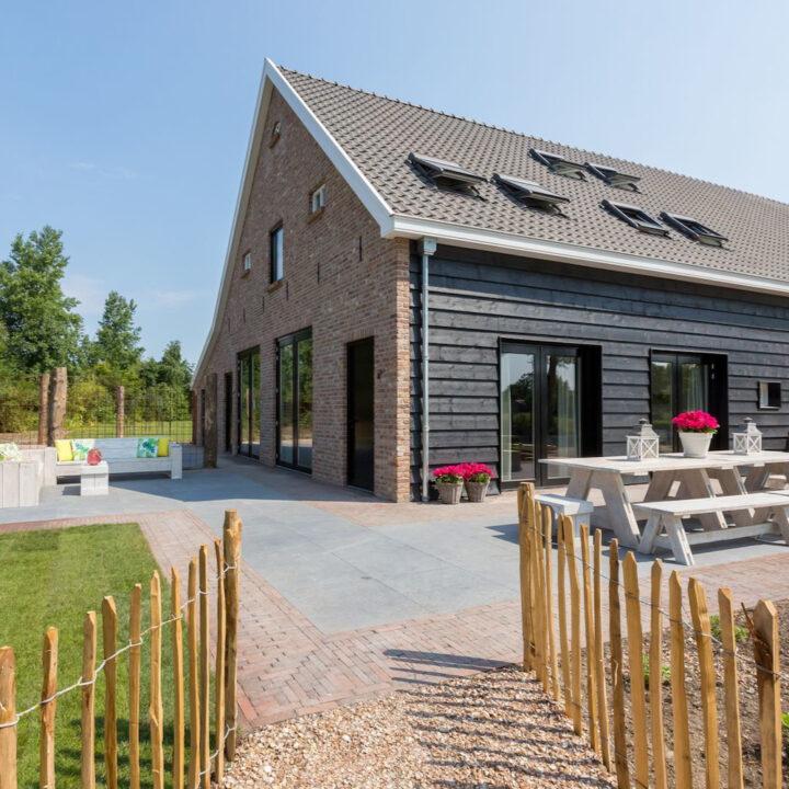 Modern vakantiehuis 't Zwartje voor een vakantie of weekendje weg in Zeeland