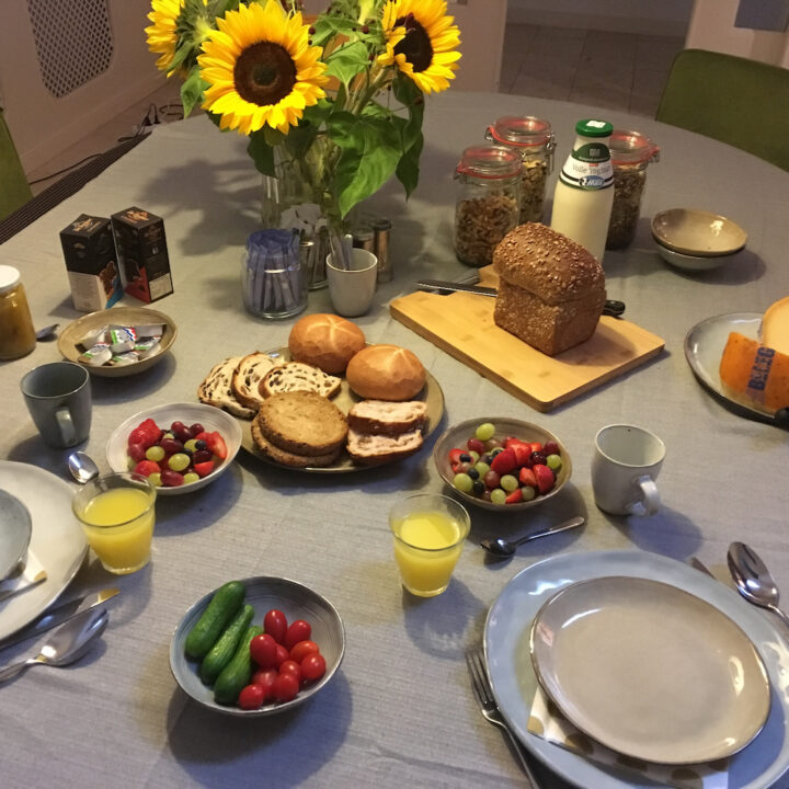 Ontbijt voor de bed & breakfast gasten in Groningen