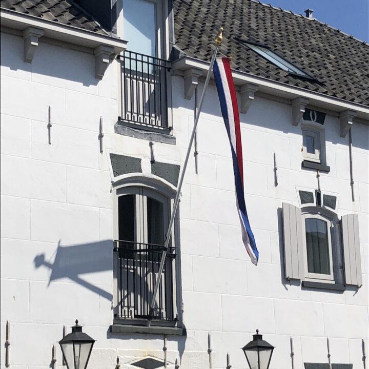Historisch pakhuis omgetoverd tot Hotel de Gravin, boutique hotel aan zee