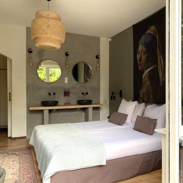 Hotelkamer met balkon in Hoog Soeren