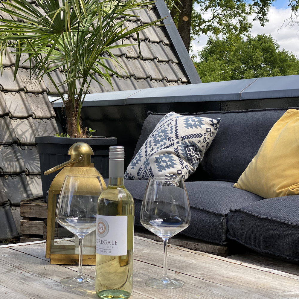 Een bijzonder weekendje weg op de Veluwe met een verblijf in de bruidssuite met eigen dakterras