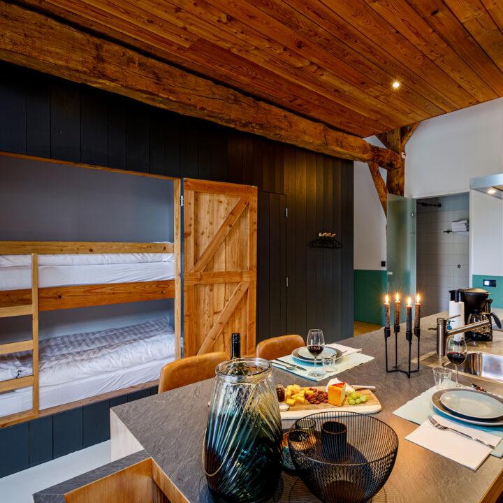 Design keuken in een vakantieappartement op Landgoed Twickel