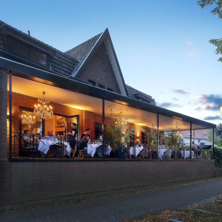 Restaurant met overdekt terras