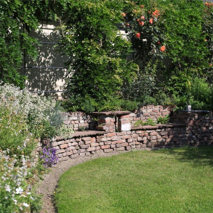 In de tuin bij het vakantiehuis