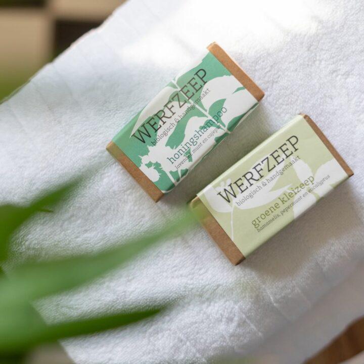 Zeepjes op handdoek