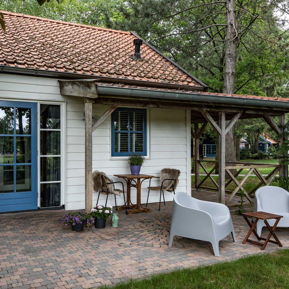 Terrasstoelen voor de veranda