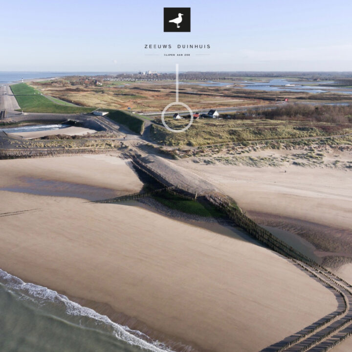 Zeeuws Duinhuis ligt aan de duinopgang in Zeeland
