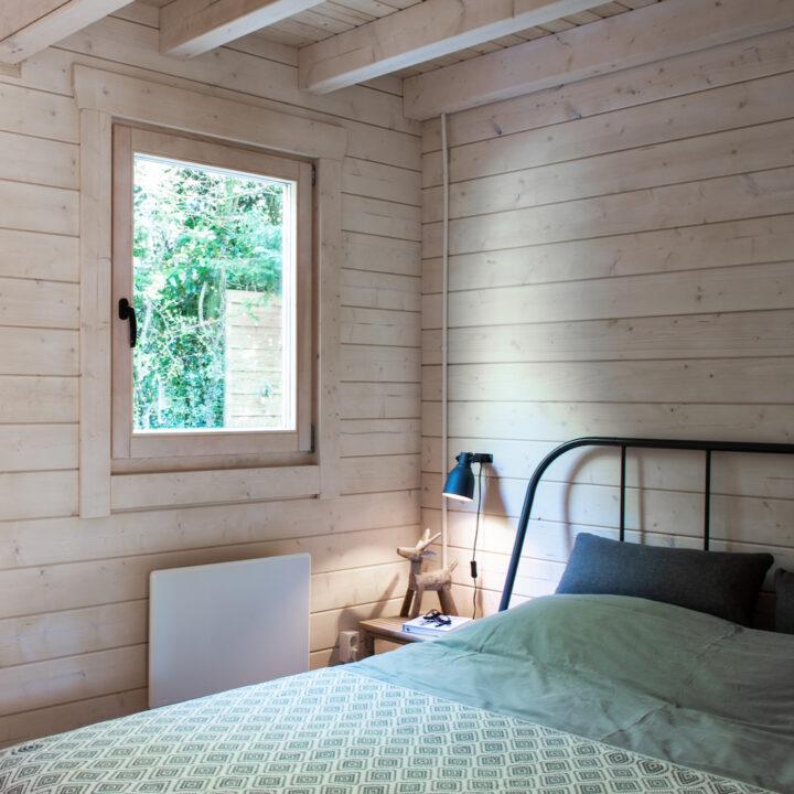 Slaapkamer in de Wanderlust Cabin in Schoorl