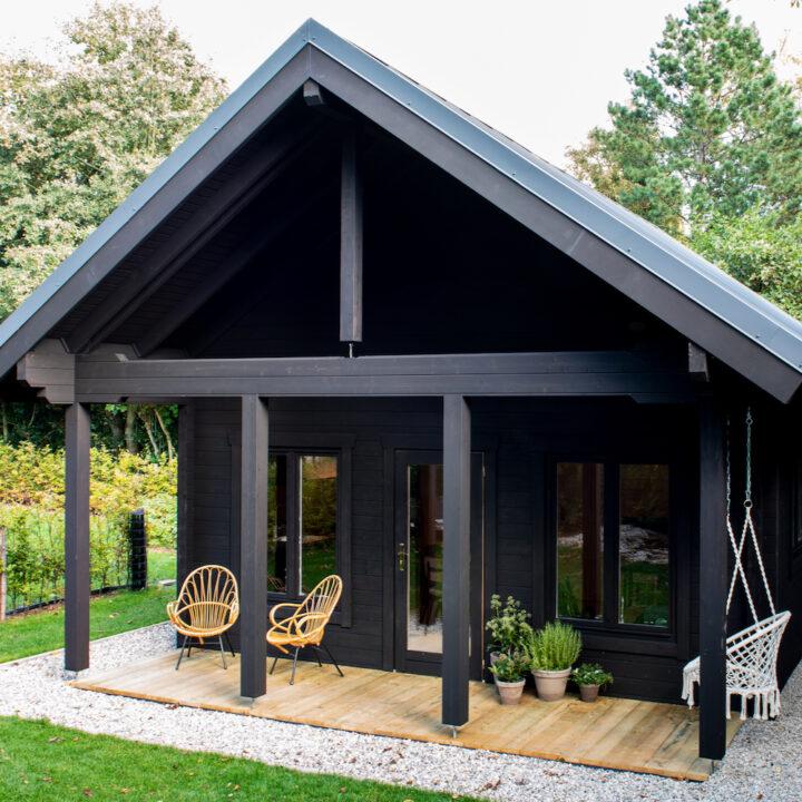Wanderlust Cabin is een knus vakantiehuisje in Schoorl