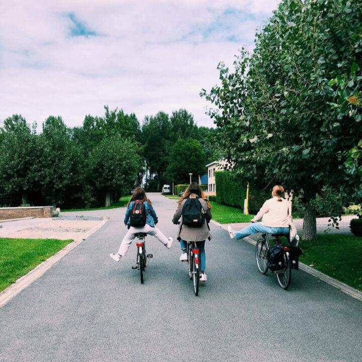 Op de fiets naar het strand