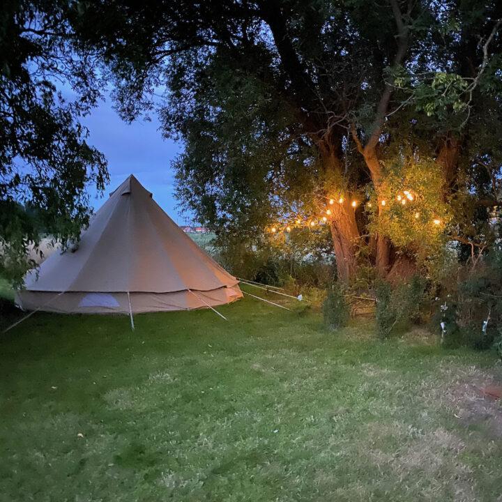 Bell tent met lampjes slinger