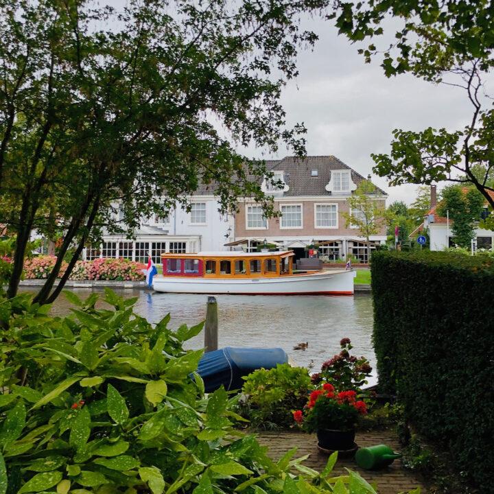 Salonboot voor een buitenplaats op de Vecht