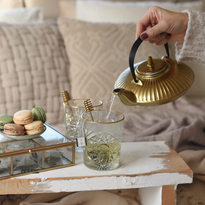 Kopje thee met macarons