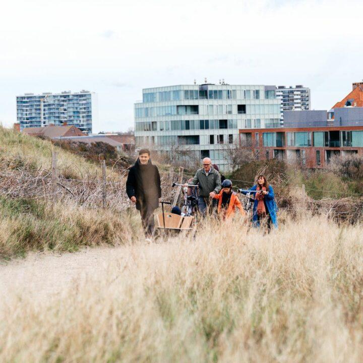 Vanuit Villa Plage in Oostende wandel je zo de duinen in